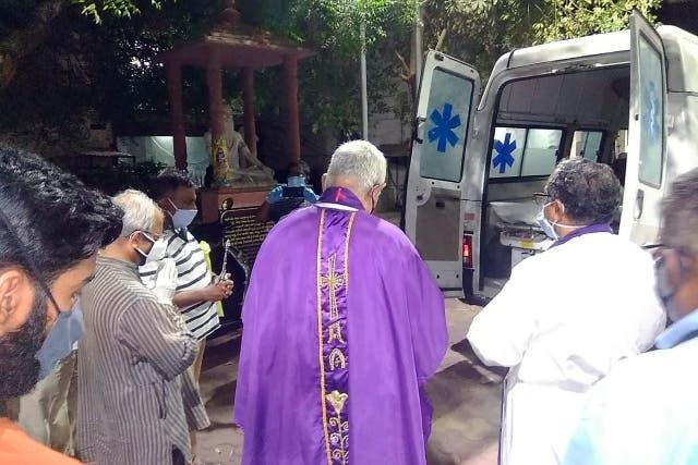 CORONAVIRUS-CLERIGOS CATOLICOS