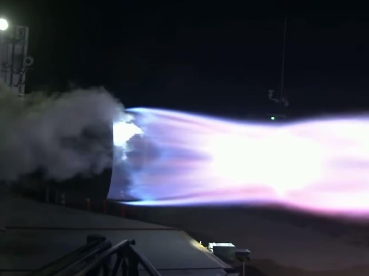 Elon Musk reveals huge first test of Starship rocket booster built for Mars