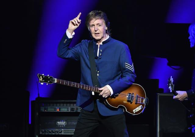 <p>Paul McCartney en concierto en Miami en julio de 2017.</p>