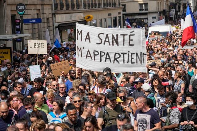 CORONAVIRUS-FRANCIA-PROTESTAS
