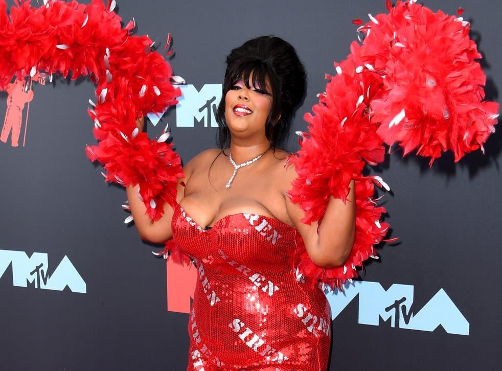 Lizzo at the MTV VMAs 2019
