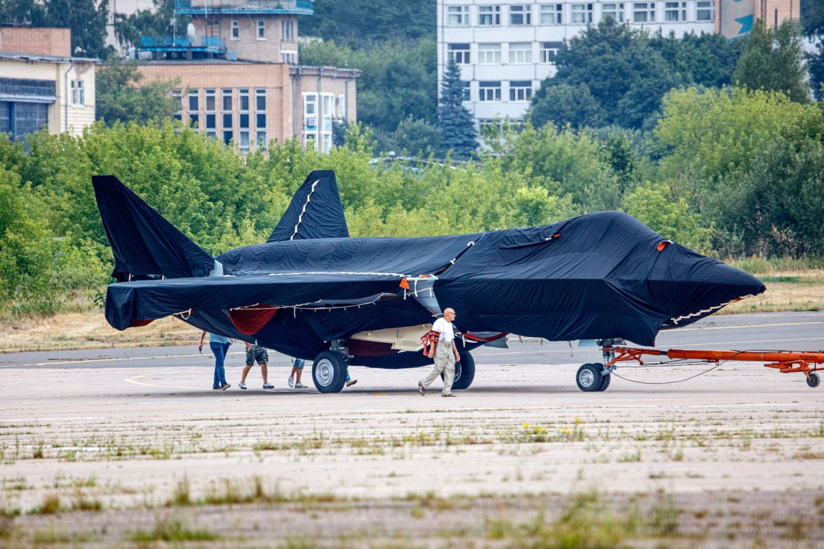 Russia unveils new fighter, Putin hails country's air power Argentina  United Arab Emirates Kremlin Vladimir Putin Vietnam   The Independent