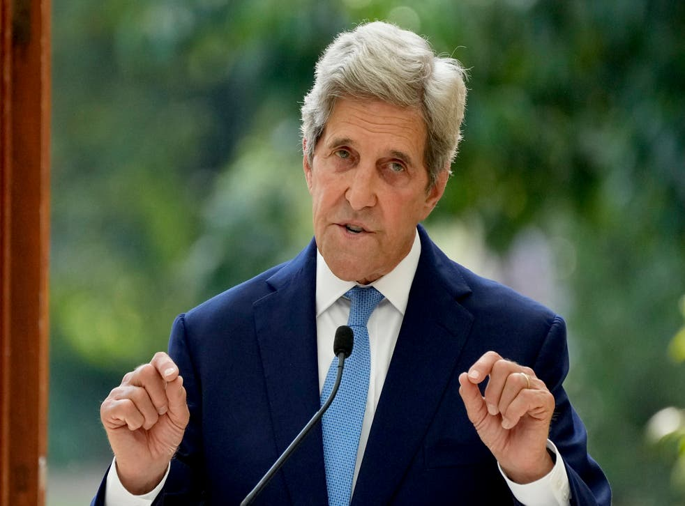 <p>John Kerry called on the world's largest emitters to enhance their 2030 climate pledges</p>