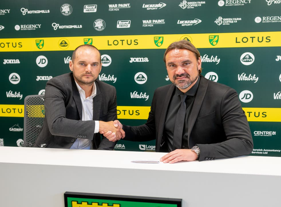 <p>Norwich head coach Daniel Farke has signed a new contract at the club, pictured on right, alongside sporting director Stuart Webber</p>