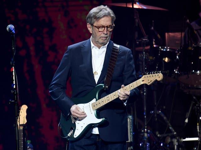 <p>Clapton en el escenario en 2020.</p>