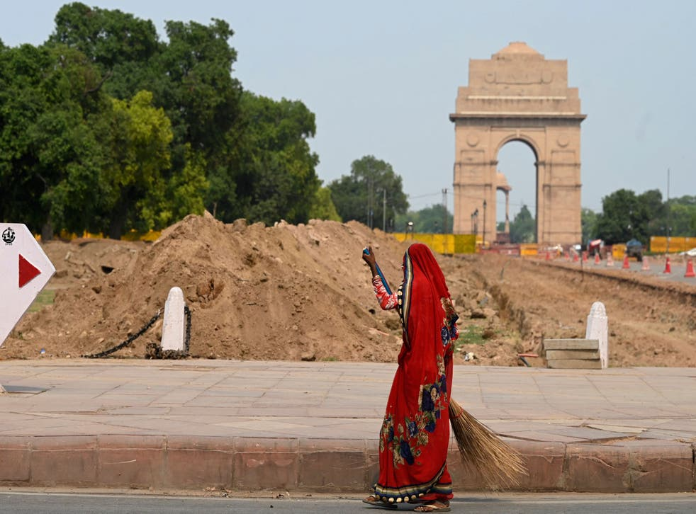<p>Construction waste lays in front of Delhi's India Gate as part of the ongoing Central Vista project </p>