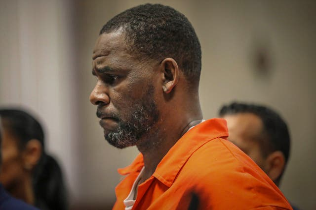 <p>Federal prosecutors have accused singer R Kelly of sexually abusing an underage boy</p>