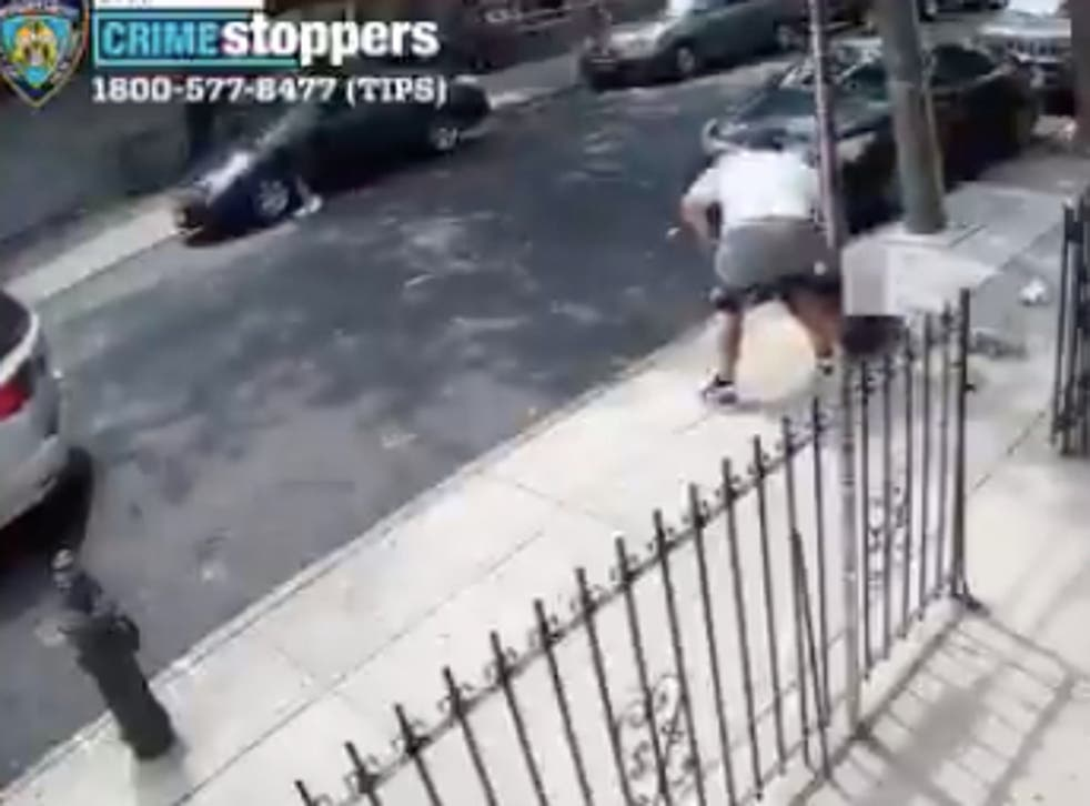 <p>Police release security video footage from 12 July looking for a robber for attempting failed robbery attempts with falling pants</p>