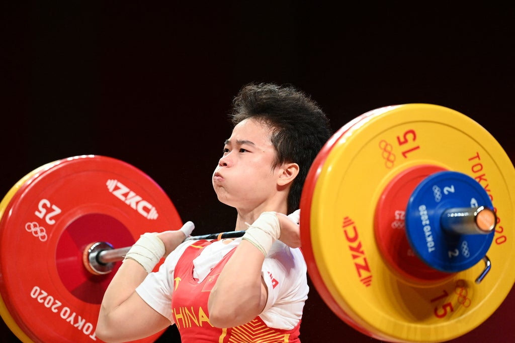 Tokyo 2020: Chinese diplomats furious over 'shameless' photo of weightlifting gold medalist