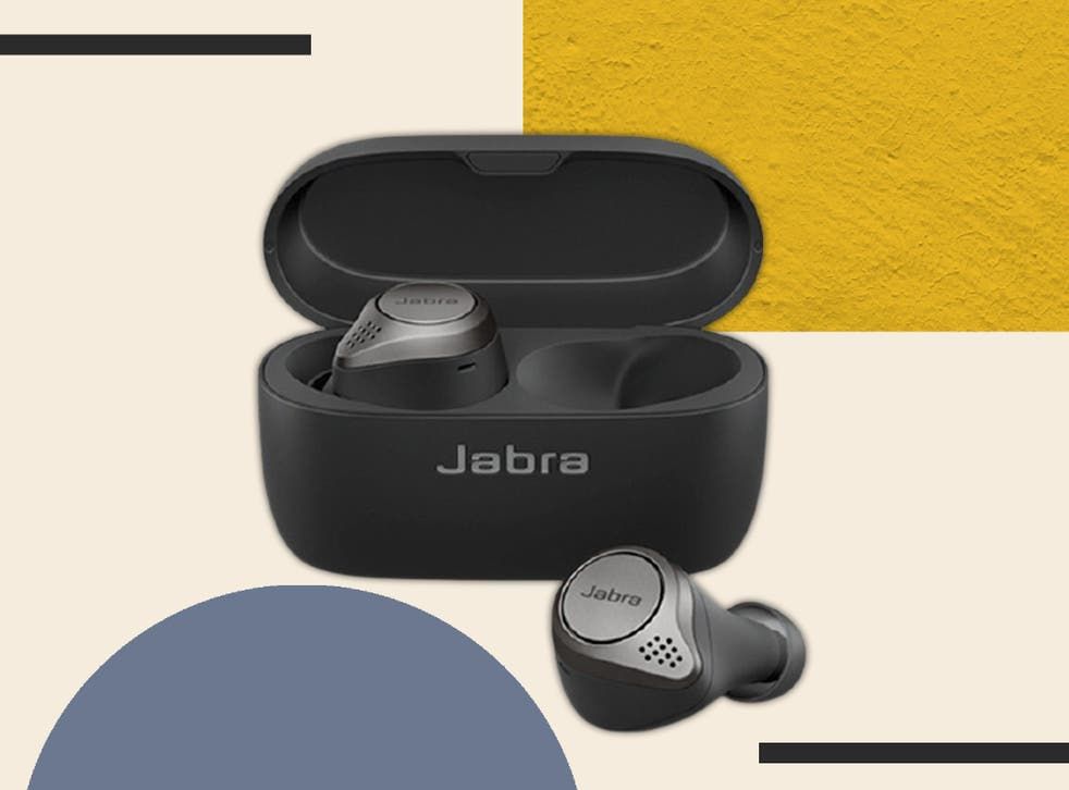 <p>These waterproof, sweat-proof buds won't fall out while you're pushing for the burn </p>