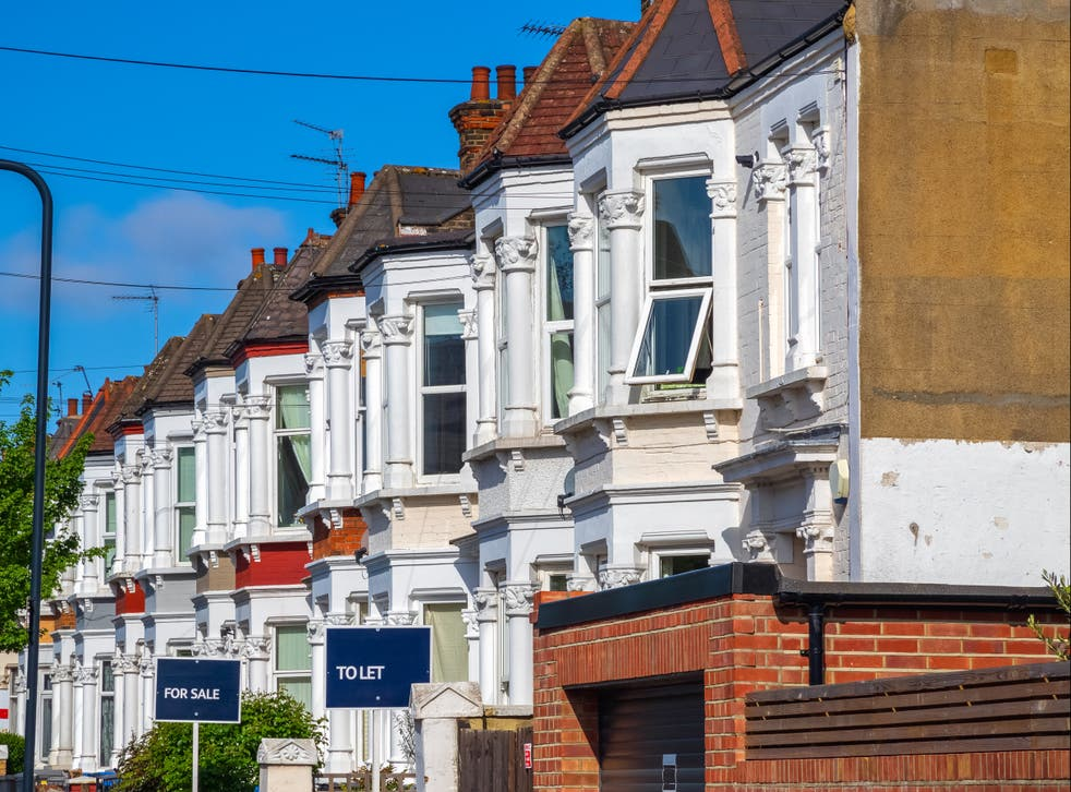 <p>UK house prices have hit a new record high, according to property website Zoopla</p>