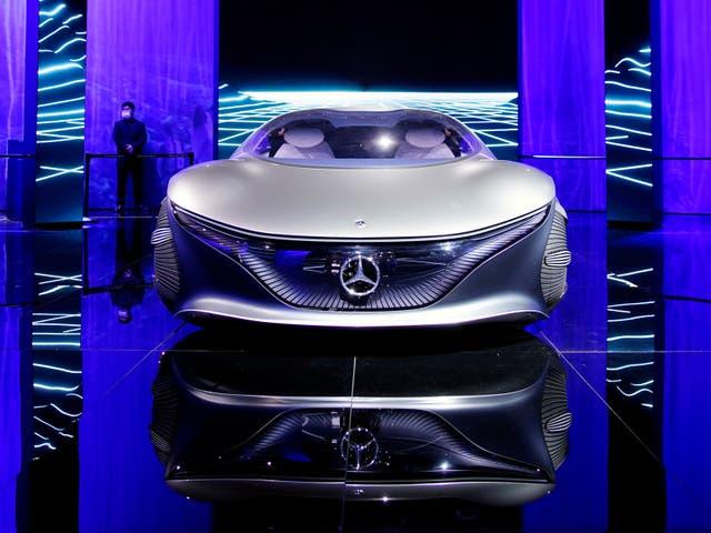 Un vehículo conceptual Mercedes-Benz Vision AVTR se muestra durante un día de prensa para la feria Auto Shanghai en Shanghai, China, el 19 de abril de 2021.