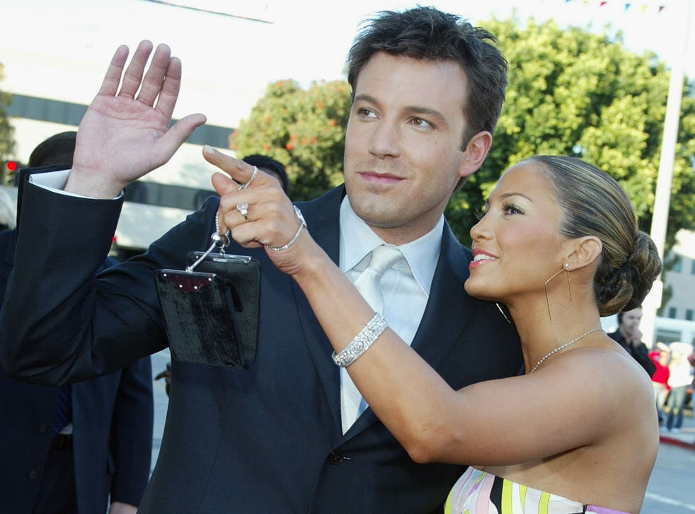 <p>Ben Affleck and Jennifer Lopez at the premiere of 'Daredevil' on 9 February 2003 in Los Angeles</p>