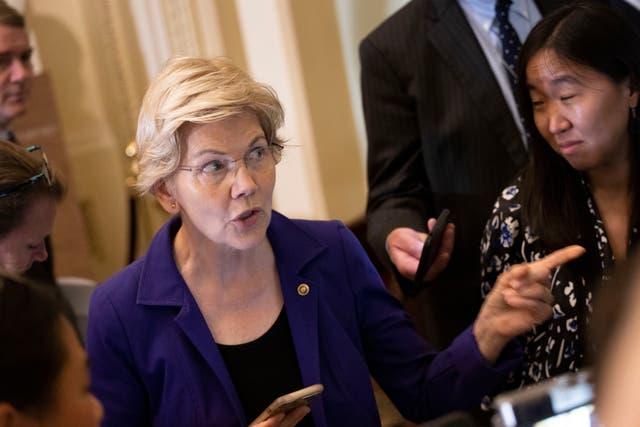 Elizabeth Warren y el multimillonario Ken Lagone se enfrentaron en CNBC el miércoles