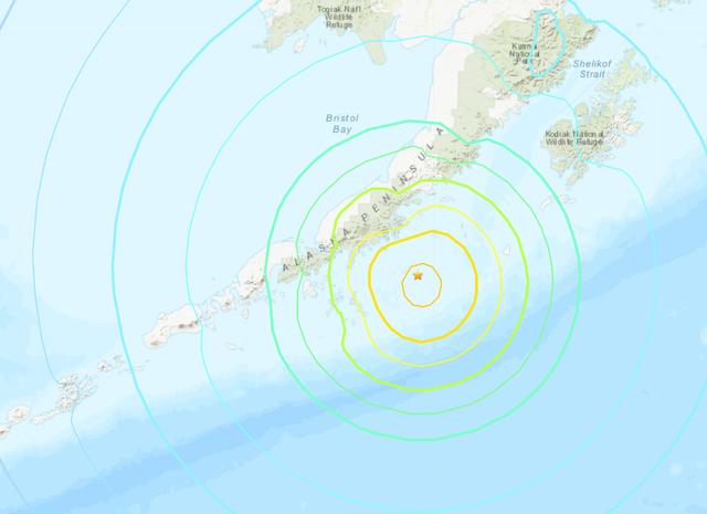 La visualización del USGS muestra la intensidad del terremoto frente a la costa de la península de Alaska