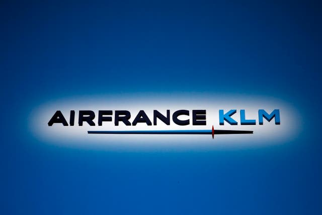 Netherlands Air France KLM Earns