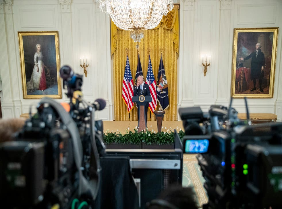 <p>US President Joe Biden delivers remarks on the efforts to get more Americans vaccinated and the spread of the Delta variant in East Room of the White House in Washington, DC, USA, 29 July 2021</p>