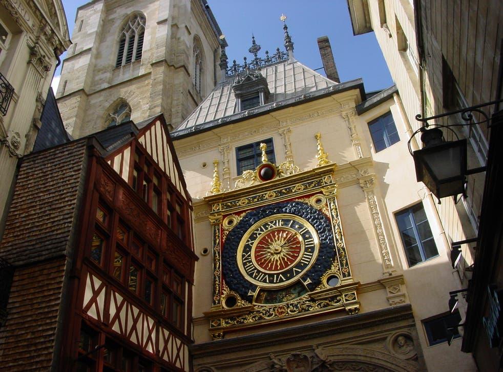 <p>Plans in Rouen? Make for Réunion instead</p>