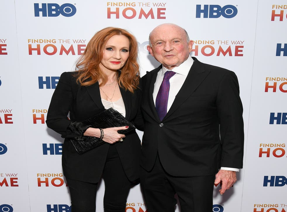 <p>Harry Potter author JK Rowling (L) and Richard Robinson during an HBO event in 2019</p>