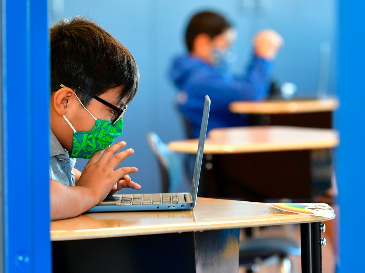 Short-sightedness among children linked to pandemic screen time surge