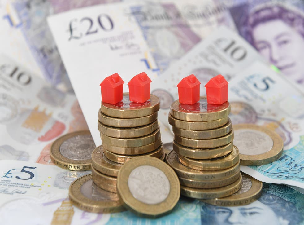 The number of deals available across the fixed-rate mortgage market has recovered to pre-pandemic levels, Defaqto said (Joe Giddens/PA)