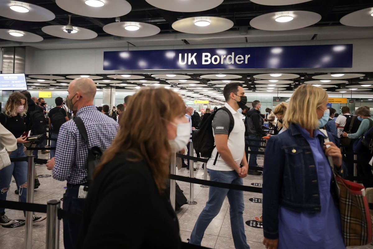 Image Calls for scrapping of 'ambiguous' amber list travel restrictions