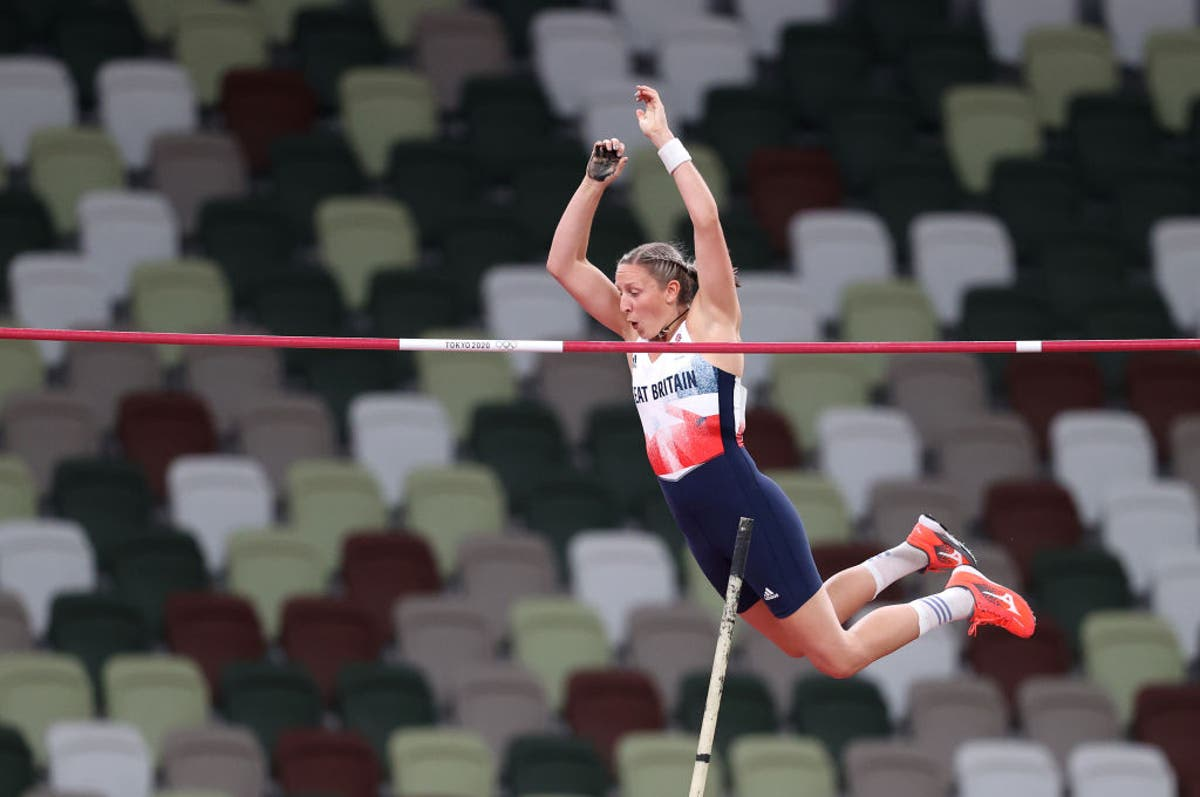 Tokyo 2020: Holly Bradshaw wins bronze for Great Britain in pole vault final