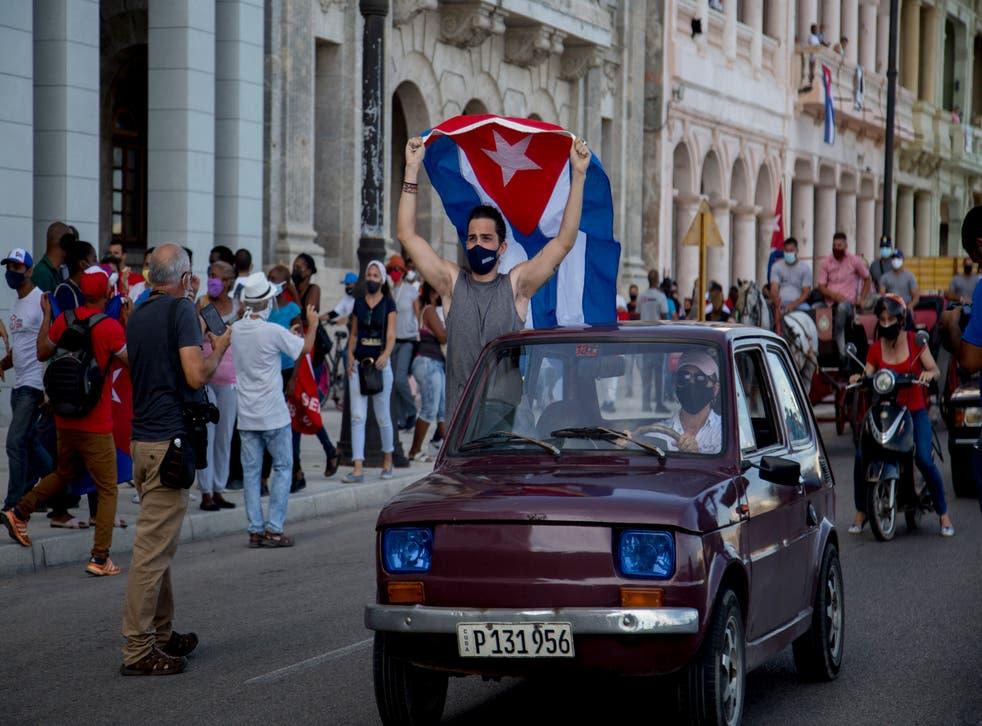 CUBA-CARAVANA