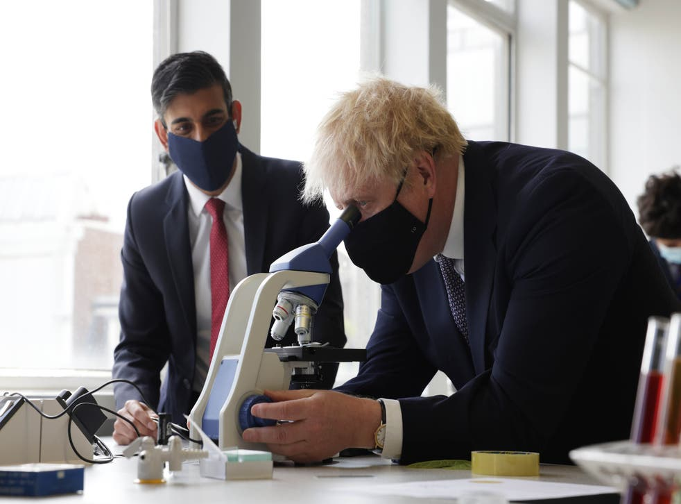 <p>Rishi Sunak's budget spent significantly more on policies that would drive up emissions than those that would cut them</p>