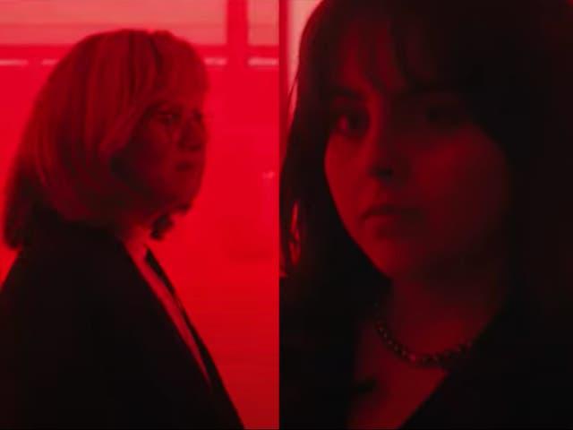 <p>Sarah Paulson as Linda Tripp and Beanie Feldstein as Monica Lewinsky in 'Impeachment: American Crime Story'</p>