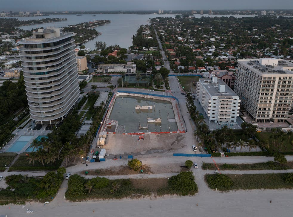 <p>In this aerial view, the cleared lot that was where the collapsed 12-story Champlain Towers South condo building once stood on July 31, 2021 in Surfside, Florida. </p>