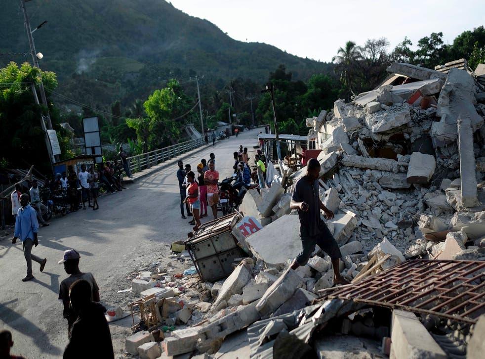 AP EXPLICA-HAITI-SISMO