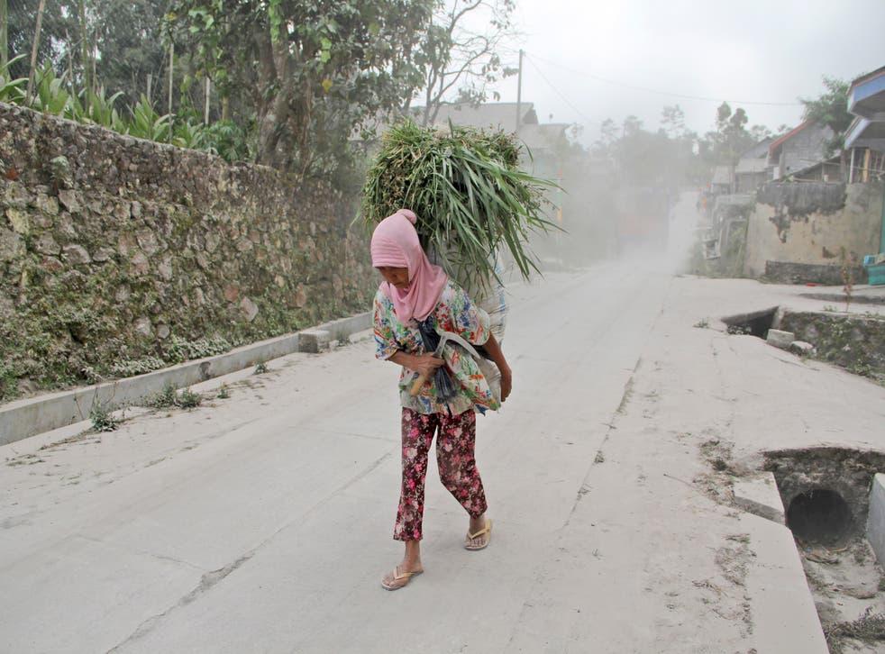 INDONESIA-VOLCAN