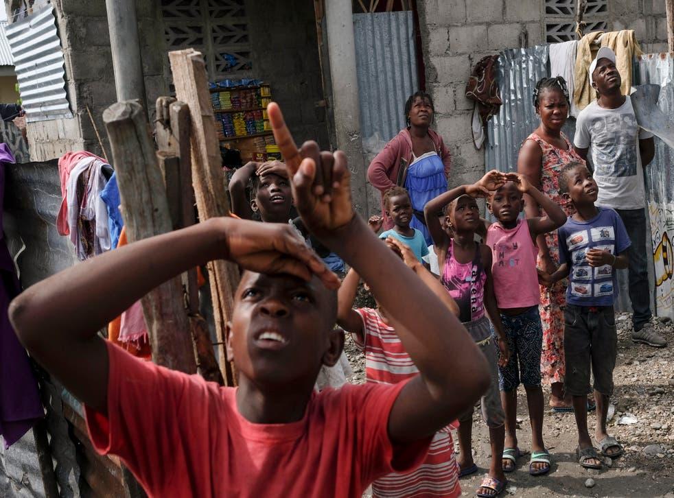 HAITI-TERREMOTO-OXÍGENO