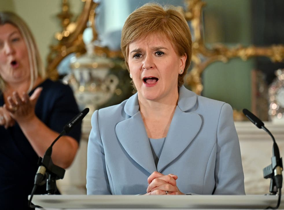 <p>The first minister Nicola Sturgeon announces the SNP's deal with the Scottish Greens</p>