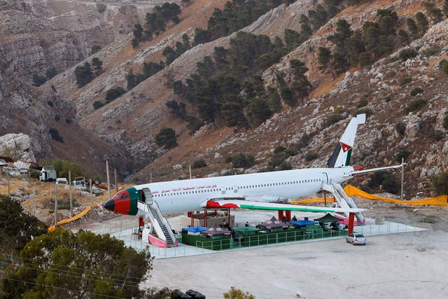 West Bank Airplane Cafe