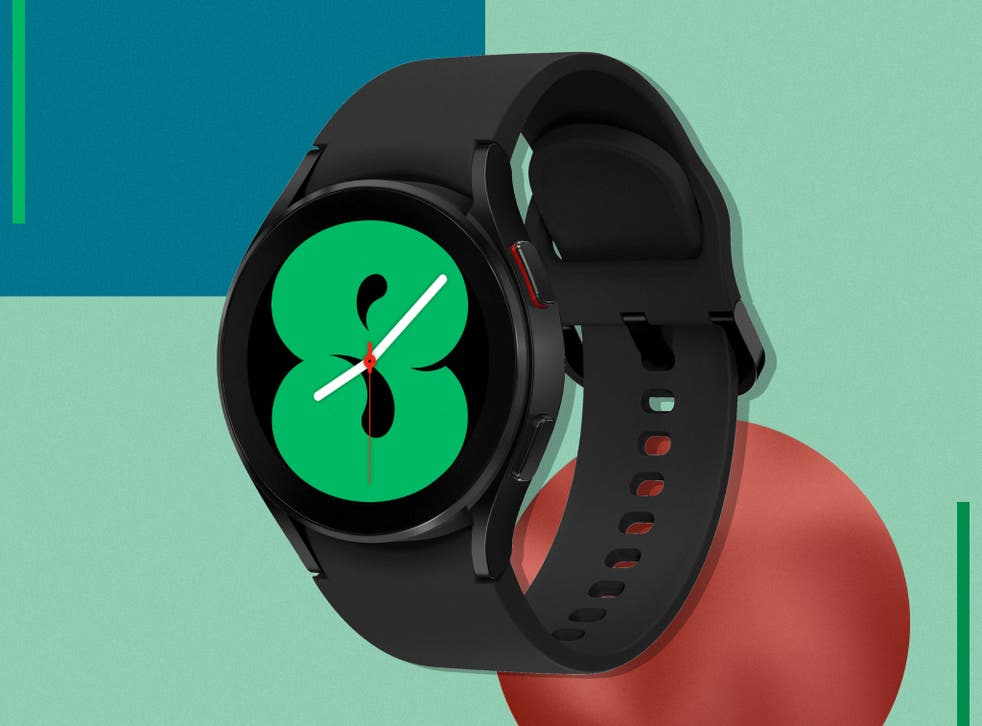 <p>The 44mm model is slim and comfortable, even on thin wrists</p>