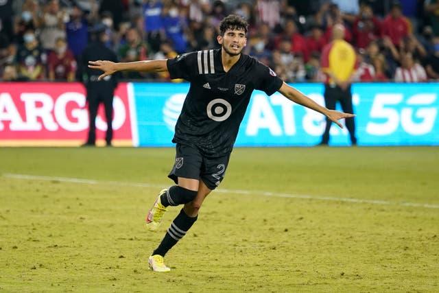 <p>El delantero del FC Dallas Ricardo Pepi (24) celebra después de anotar el gol de la victoria para el MLS All-Star Game en una tanda de penales el miércoles 25 de agosto de 2021 en Los Ángeles, California.</p>