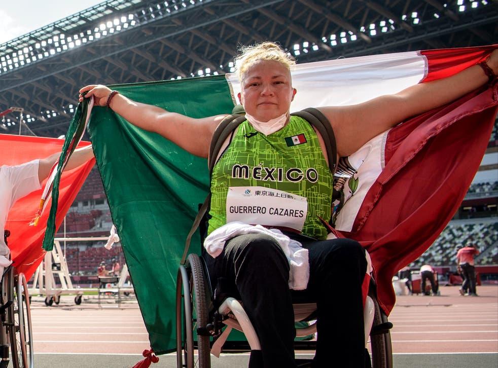 <p>Guerrero Cázares, campeona en los Juegos Paralímpicos de Lima 2019, hizo válida su etiqueta de favorita y se colgó el bronce tras registrar un lanzamiento de 24.11 metros en el Estadio Olímpico de Tokio.</p>
