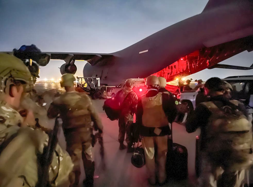 <p>One of the last US planes out of Afghanistan</p>