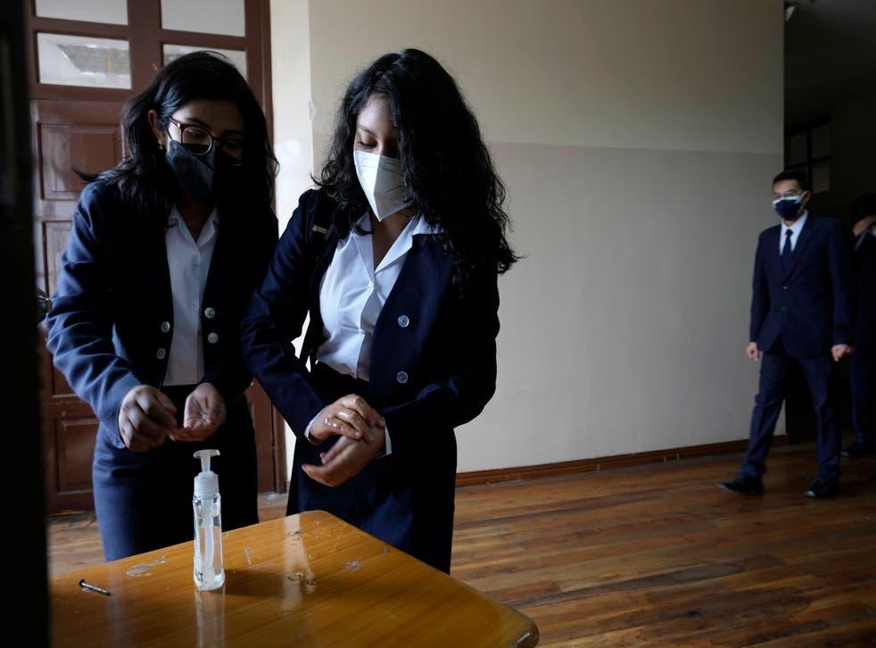 ECUADOR-VUELTA A CLASES