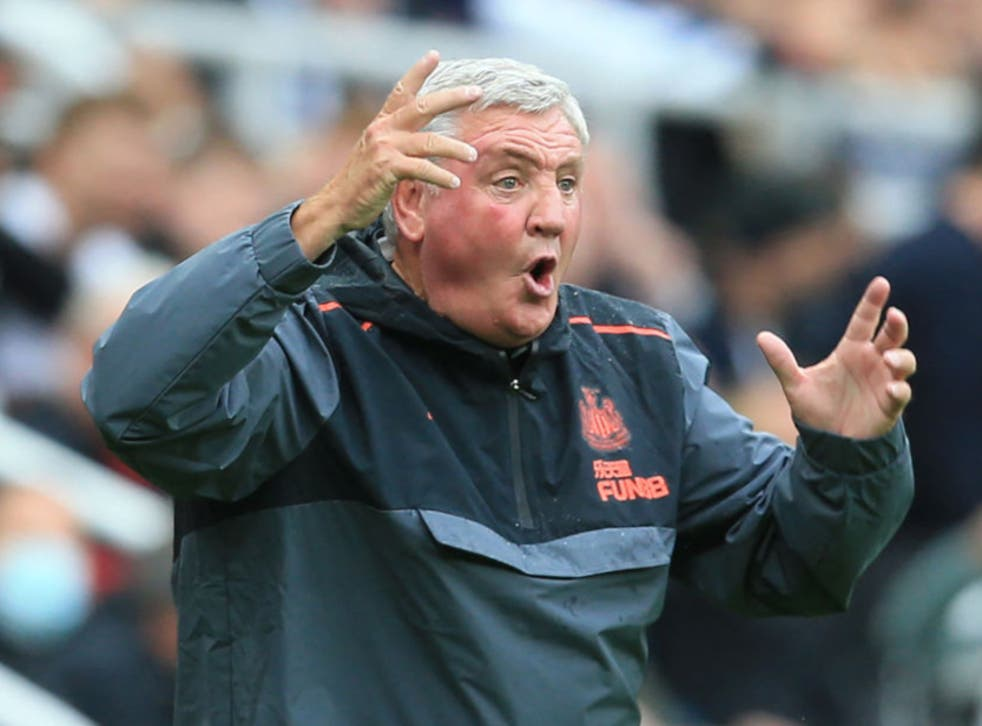 <p>Manager Steve Bruce reacts during Newcastle's match against West Ham </p>