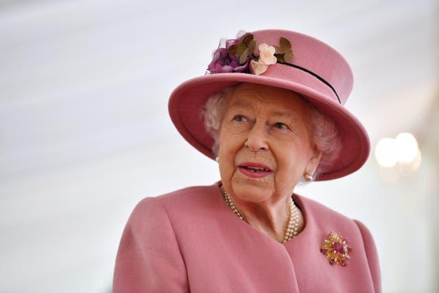 <p>La Reina tiene 95 años y actualmente goza de buena salud.</p>