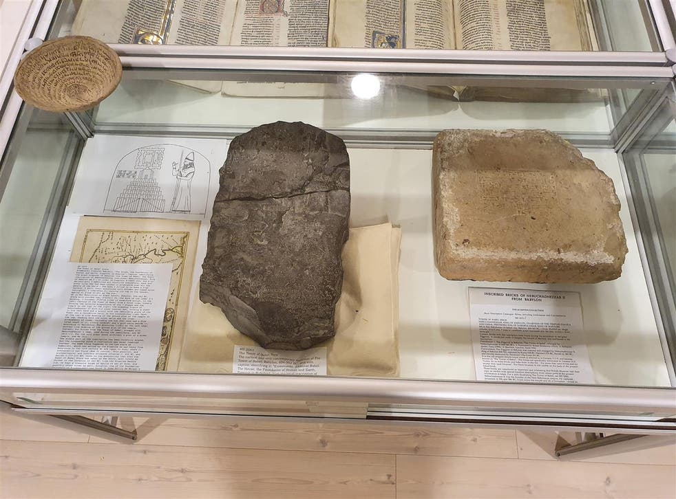 <p>Norwegian police said they had seized nearly 100 Mesopotamian archaeological artefacts, claimed by Iraq, from a collector</p>