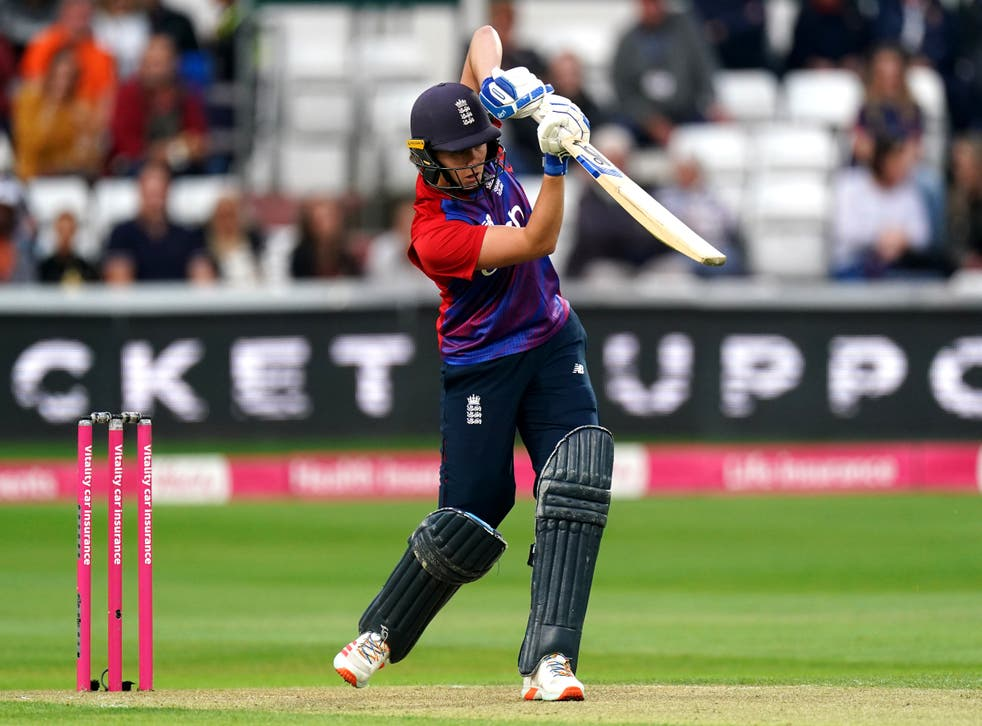 Nat Sciver admitted England Women missed their experienced players as New New Zealand levelled the T20 series with a four-wicket win at Hove (Zac Goodwin/PA)