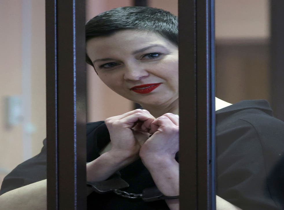 <p>Belarus' opposition activists Maria Kolesnikova stands in cage during a court hearing in Minsk, Belarus</p>