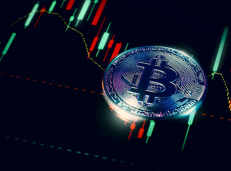 Bitcoin Price Struggles to Stabilize After Flash Crash