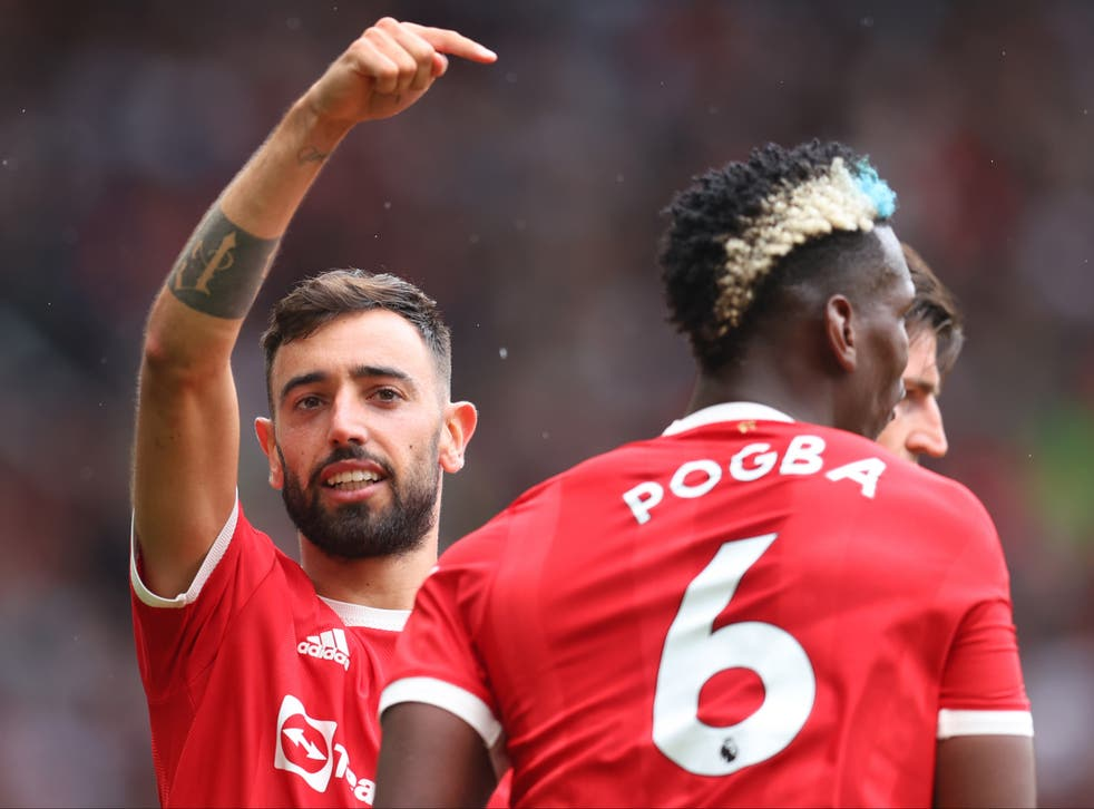 <p>Manchester United's Bruno Fernandes and Paul Pogba</p>