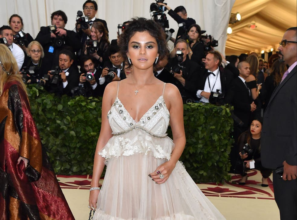 <p>Selena Gomez reflects on tanning mishap at 2018 Met Gala</p>
