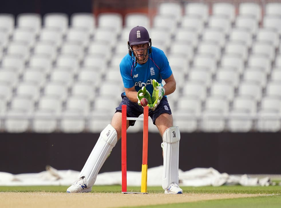 Jos Buttler is training ahead of the fifth Test (Martin Rickett/PA)